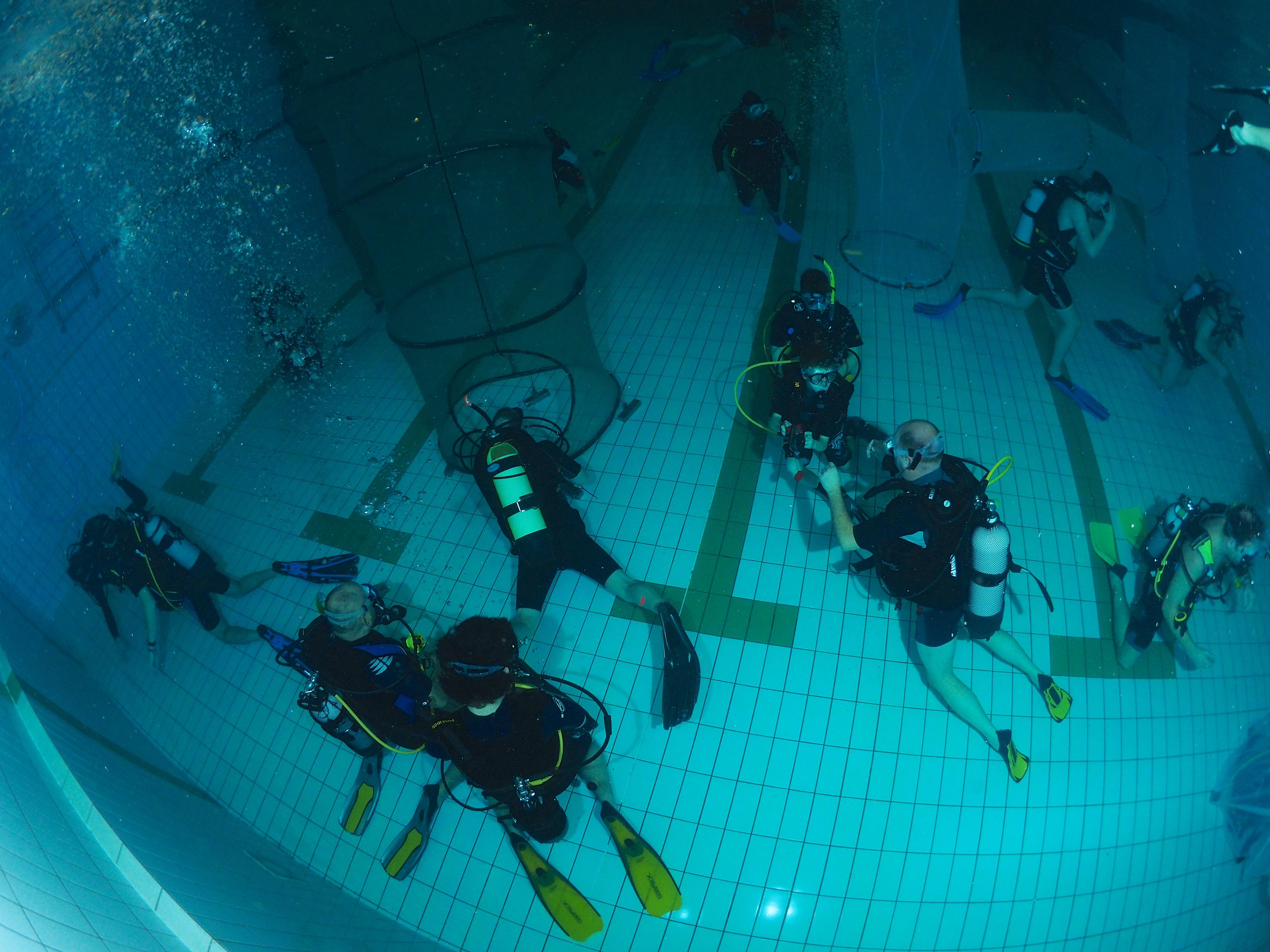 Train met ons mee in het zwembad